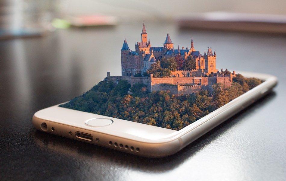 How Smartphones Can Help in Travel?